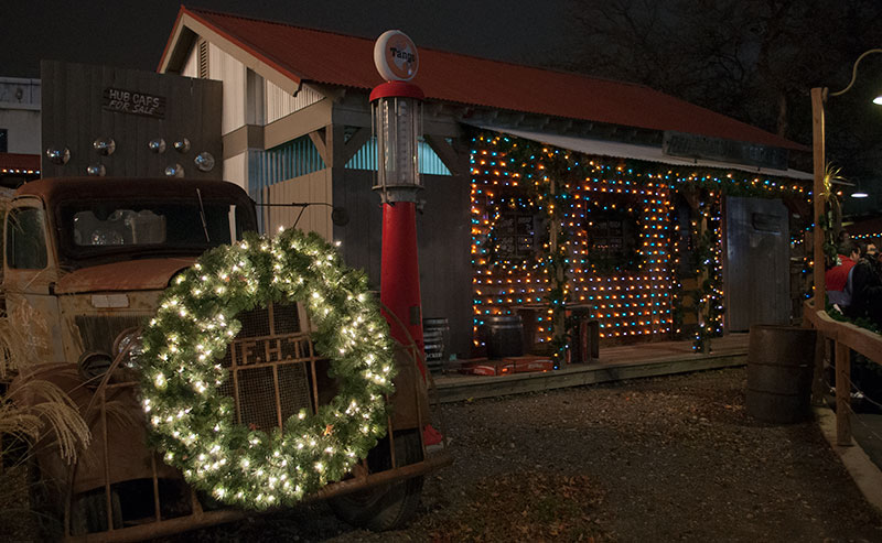 Holiday in the Park Starts November 19