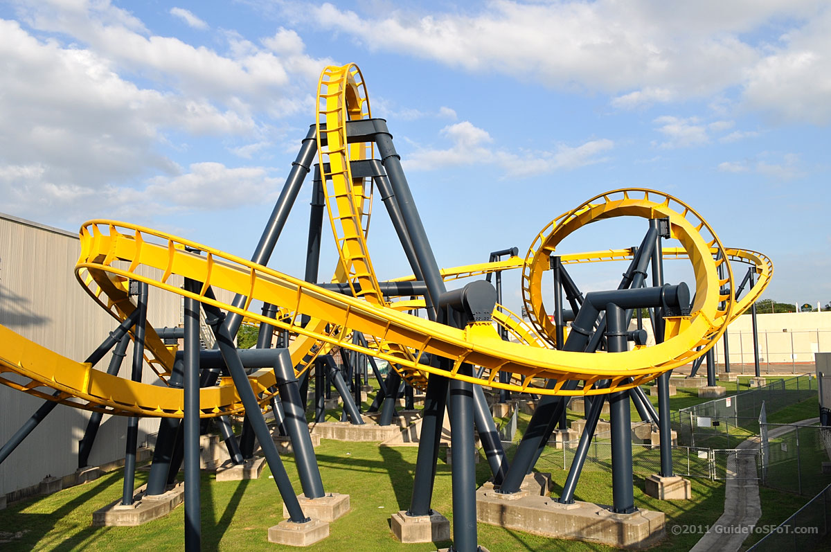 Batman the Ride Roller Coaster | Guide to Six Flags over Texas